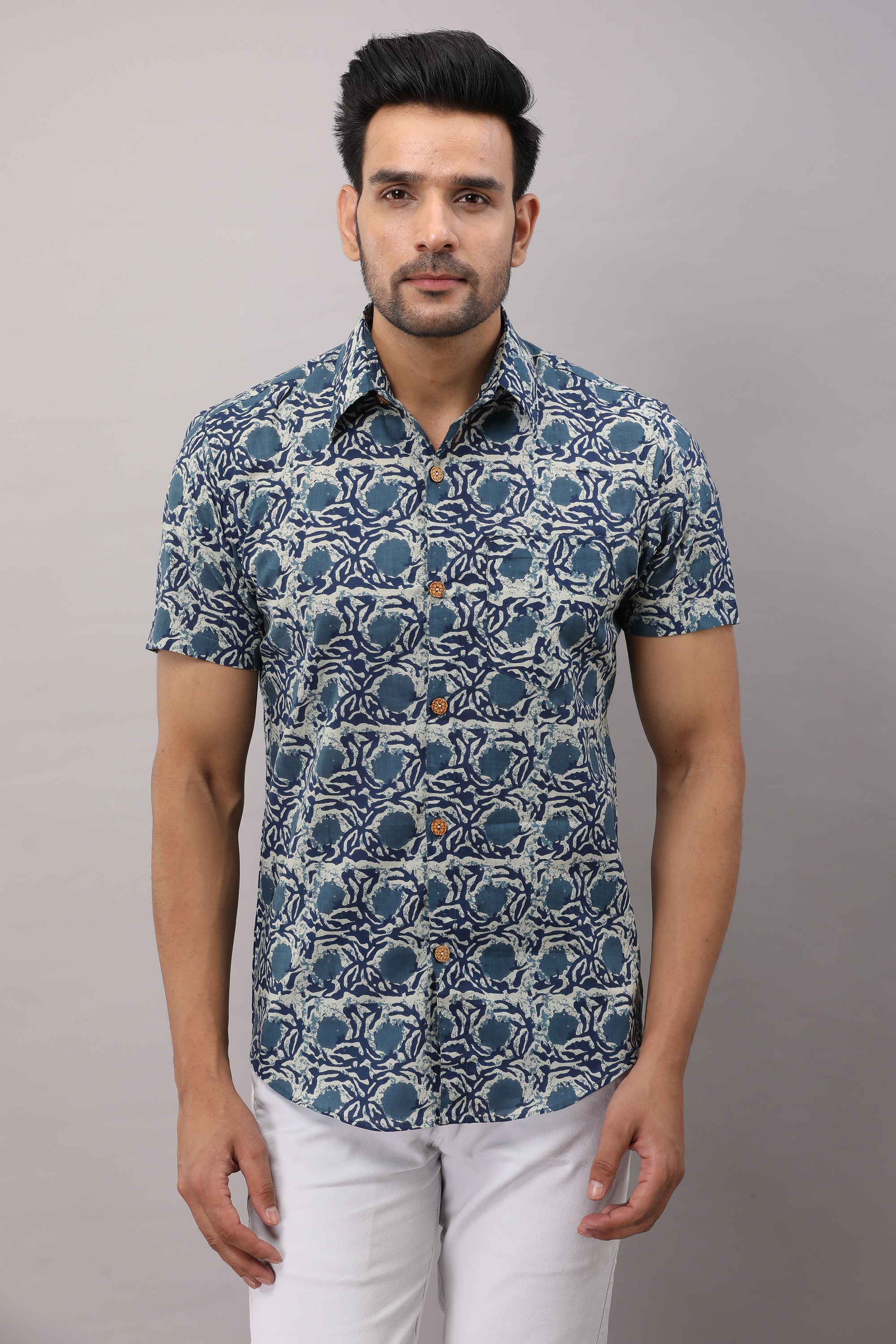 FrionKandy Cotton Floral Casual Blue Regular Shirt For Men - S