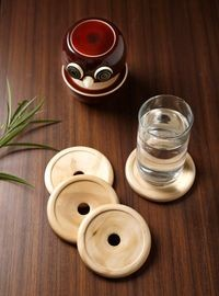 Dennmarks Wooden Hand-Painted Coffee Tea Coasters Set-Kitchen Decorative  Table Top Wooden Coaster Set (DNMK-CS-10180037)
