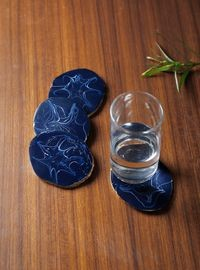 Dennmarks Wooden Hand-Painted Coffee Tea Coasters Set-Kitchen Decorative  Table Top Wooden Coaster Set (DNMK-CS-10180049)