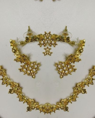 Stunning Necklace & Earrings for Ethnic Wear