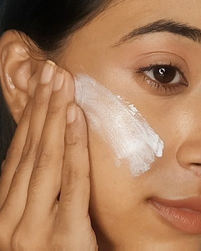 10 Things People With Amazing Skin Do Everyday
