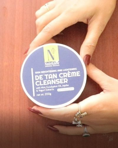 How to Remove Tanning using De Tan Creme Cleanser