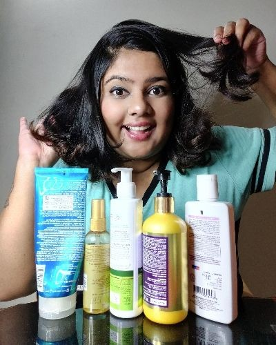 Hair care routine for frizzy hair in monsoon.