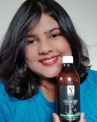 Power of activated charcoal and bamboo for shiny smooth hair!