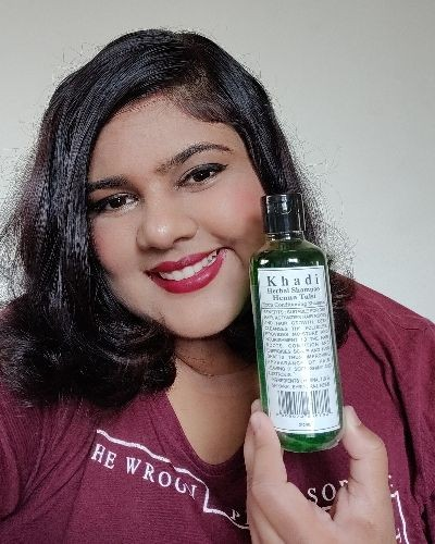 Henna and tulsi extra conditioning shampoo