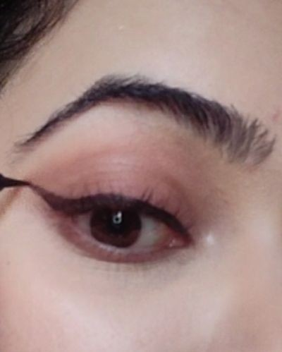 How to create a perfect winged eyeliner