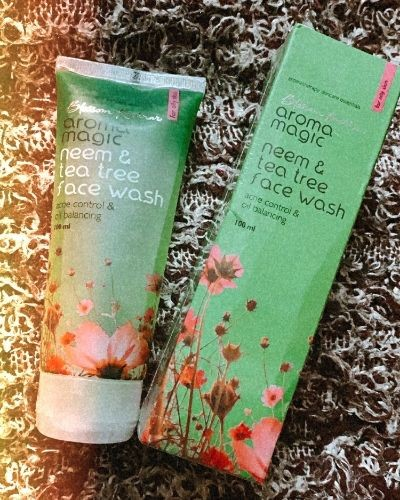 Neem and tea tree face wash review