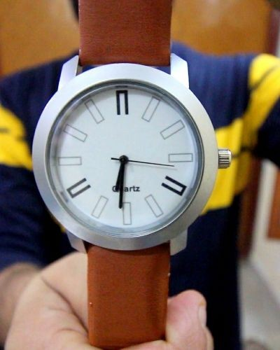 simple brown strap watch