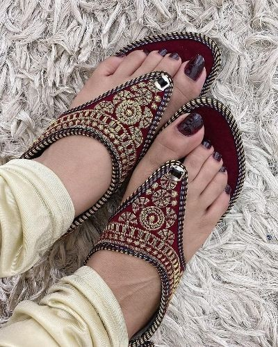 Beautiful Ethnic Sandals