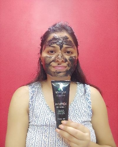 Activated Charcoal Peel Off Mask Review