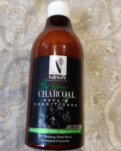 NUTRIGLOW CHARCOAL REPAIR CONDITIONER REVIEW.