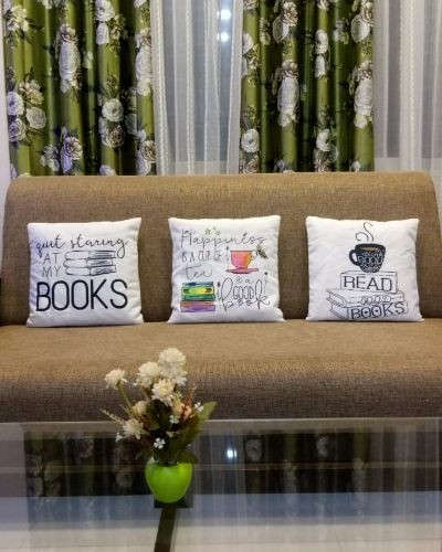 Text printed cushion cover set