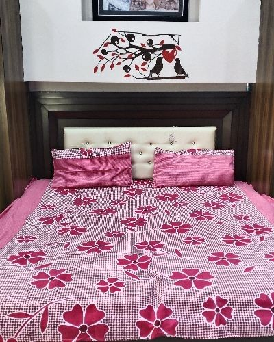 Comfortable cotton bedsheets for relaxation.