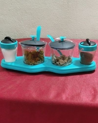 Multi container tray with jars