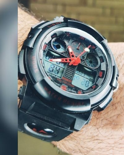 Style this Sporty Black Watch