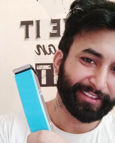 Style your beard with Nova trimmer
