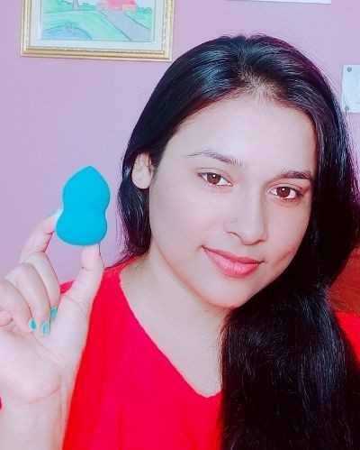 Beauty blender and makeup