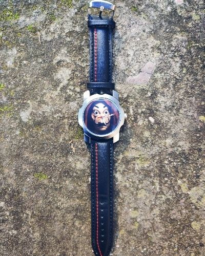 Attractive Graphic Print Watch